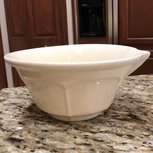 Rosanna Playing House Ceramic Spout Mixing Bowl